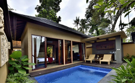 Swimming Pool di Gino Feruci Villa Ubud