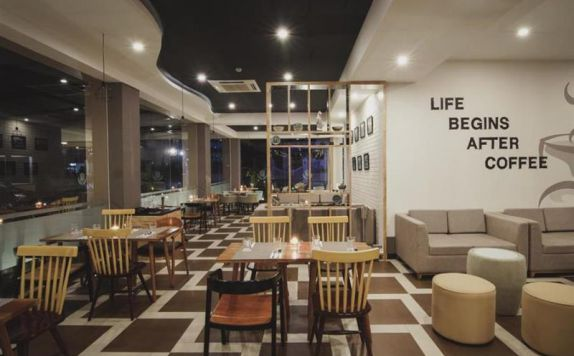 resto di Golden Tulip Essential Belitung