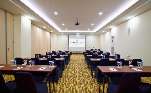 meeting room di Golden Tulip Essential Makassar