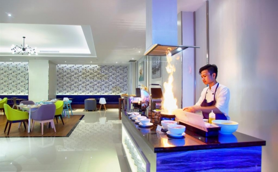 restaurant di Golden Tulip Essential Makassar
