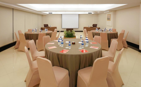 Meeting room di Grage Hotel Cirebon