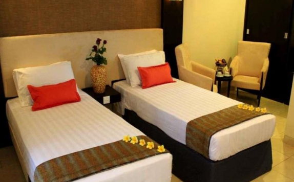 Guest room Twin Bed di Graha Ayu Hotel