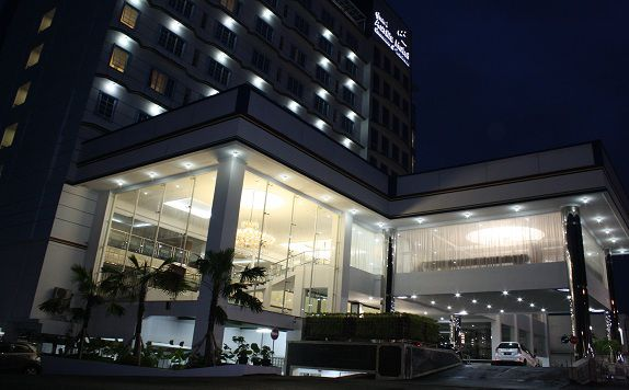 Eksterior di Grand Asrilia Hotel Convention & Restaurant