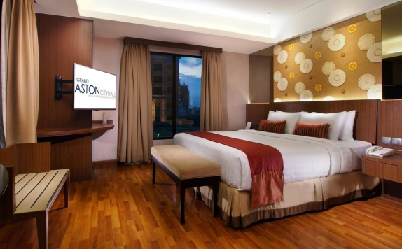 Guest room di Grand Aston City Hall Hotel Medan