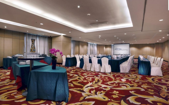 Meeting room di Grand Aston City Hall Hotel Medan