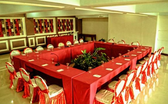 Restaurant di Grand City Hotel Batu