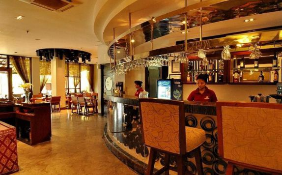 cafe di Grand Jimbaran Boutique Hotel & Spa