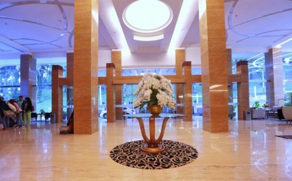 di Grand Royal Denai Hotel