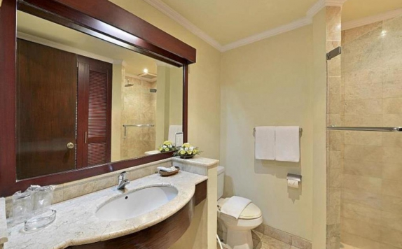 Bathroom di Grand Trawas Hotel