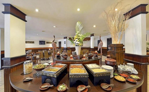 food and beverages di Grand Trawas Hotel