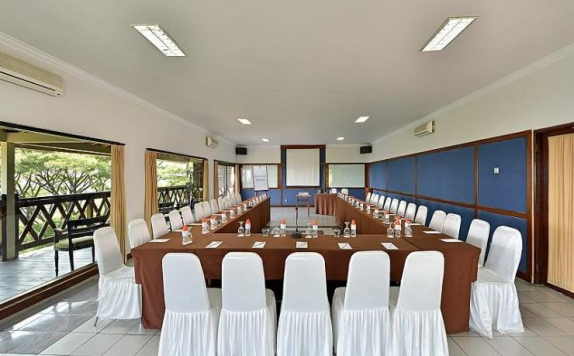 meeting room di Grand Trawas Hotel