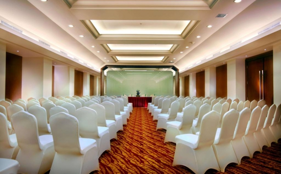 Meeting room di Grand Zuri BSD City