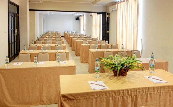 Meeting Room di Grand Zuri Duri