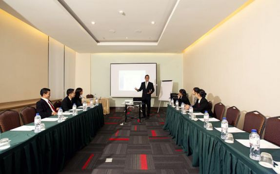 meeting room di Grand Zuri Malioboro