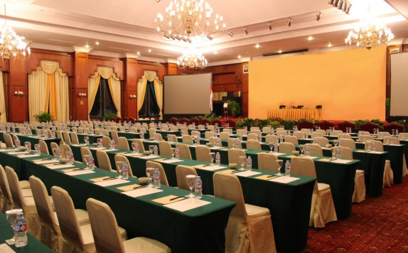 Meeting room di Gran Senyiur Hotel
