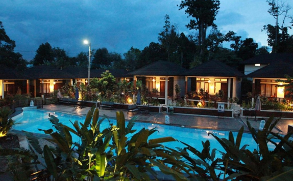 Swimming Pool di Green Tropical Village Belitung
