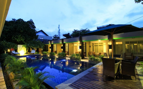 Swimming Pool di Griya Asri Hotel