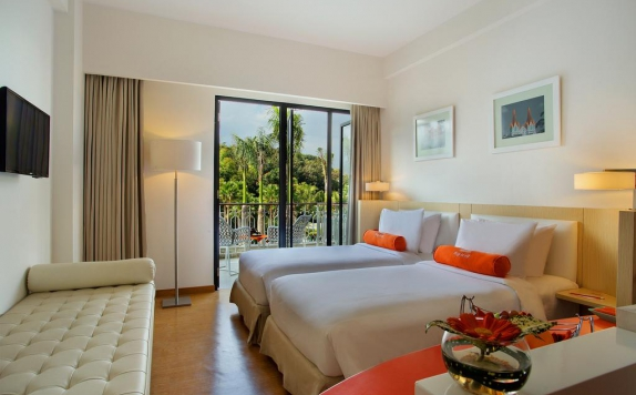 guest room di Harris Hotel and Conventions Malang