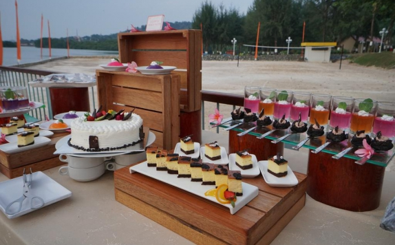 Food and Beverages di Harris Resort Waterfront Batam