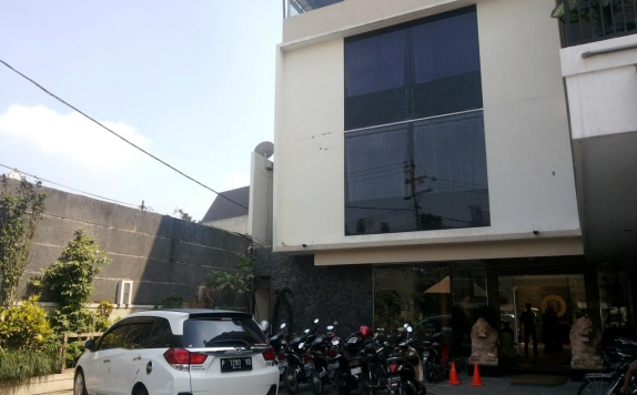Front view di Helios Hotel