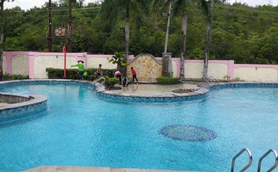 Pool di Hermes Agro Resort & Convention