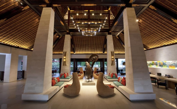 Lobby di Holiday Inn Resort Baruna