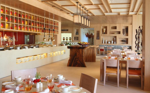 restaurant di Holiday Inn Resort Baruna