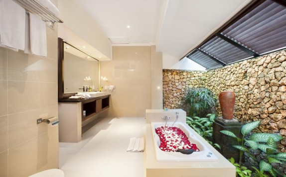 bathroom di Holiday Resort