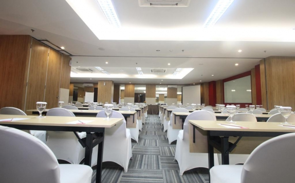 Meeting Room di @Hom Semarang