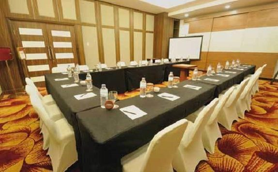 Meeting Room di Horison Jayapura