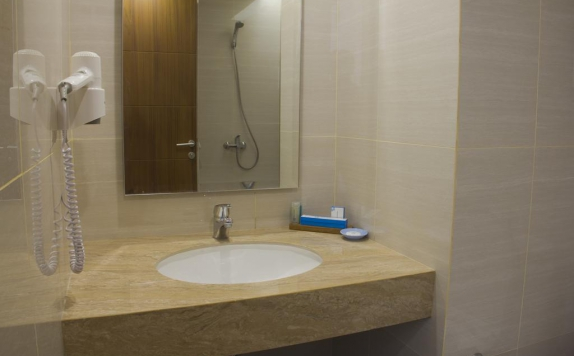 Bathroom di Hotel Brothers