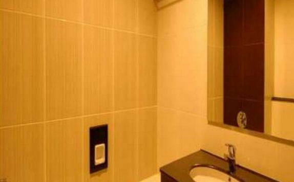 bathroom di Hotel Grand Bintang Tawangmangu