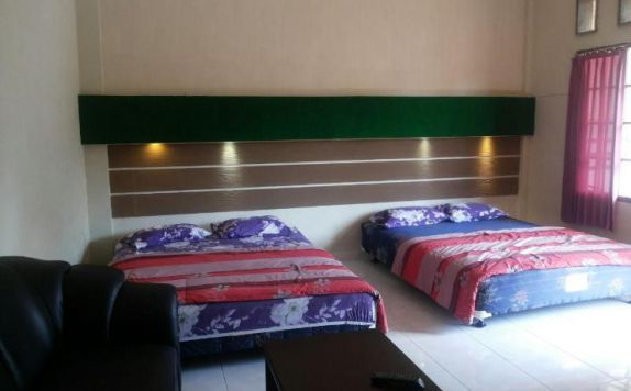 guest room twin bed di Hotel Kana