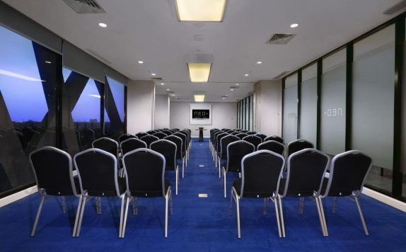 Meeting Room di Hotel NEO+ Kebayoran