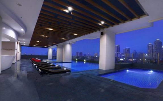 Swimming Pool di Hotel NEO+ Kebayoran