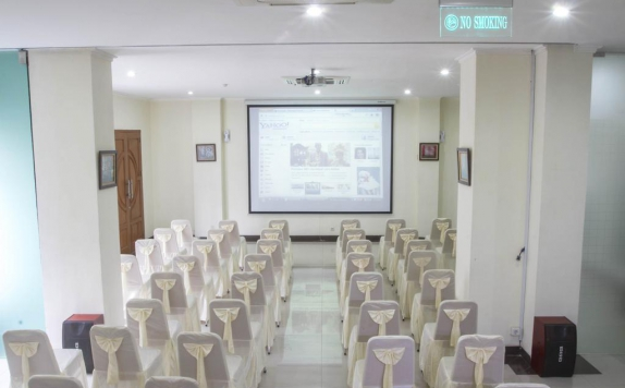 Meeting room di House Of Arsonia Tulip