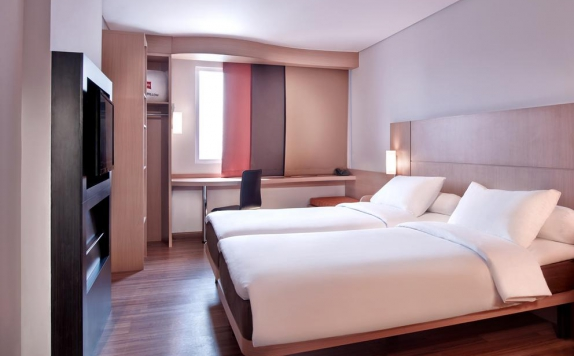 Guest Room di Ibis Gading Serpong