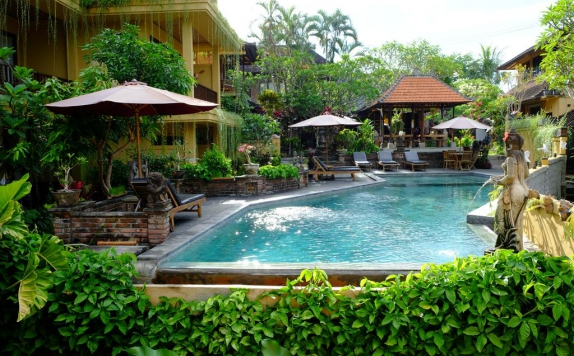 Swimming Pool di Jati 3 Bungalows