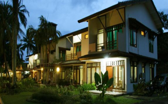 exterior di The Jayakarta Villas Anyer Beach Resort