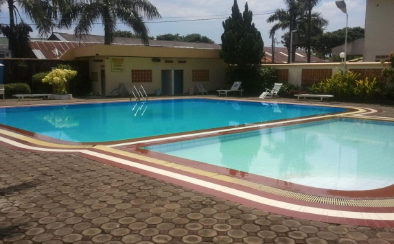 Swimming Pool di Jepara Indah