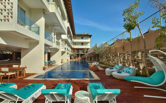 swimming pool di Jimbaran bay beach