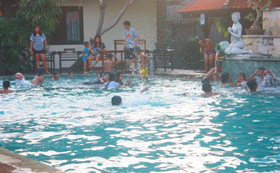 swimming pool di Jimbarwana