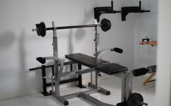 Gym and Fitness Center di Just Inn Semarang