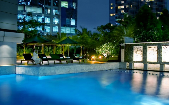 Swimming Pool di JW Marriott Jakarta