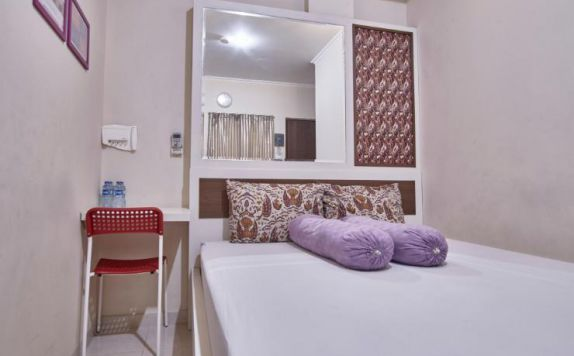 Room di Kantos Guest House
