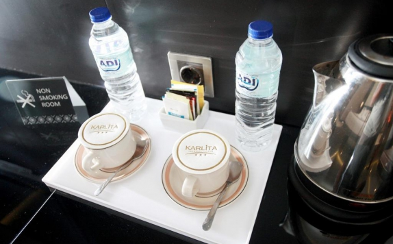 Amenities di Karlita Hotel