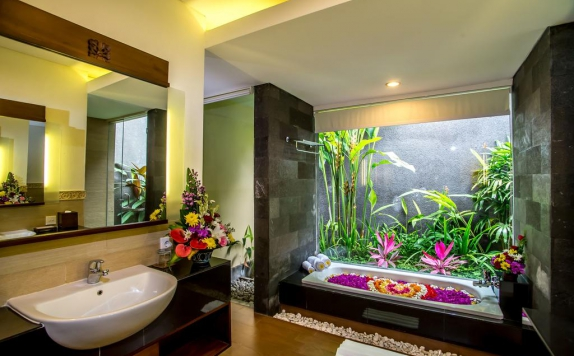 Bathroom di Kori Ubud