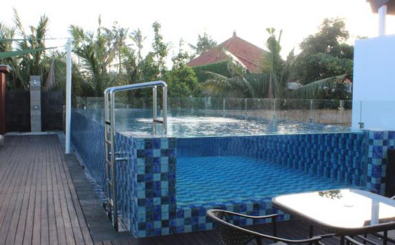 swimming pool di Kuta Ardenia Residence