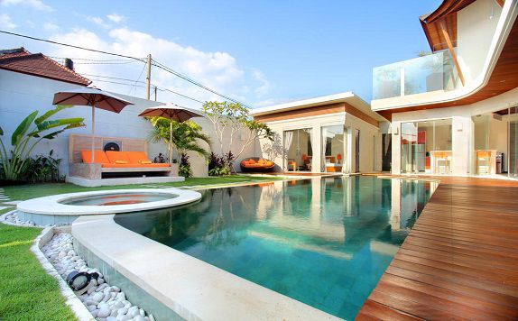 Swimming Pool di K Villas by Premier Hospitality Asia