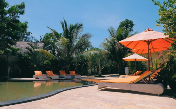 Swimming pool di Laguna Gili Beach Resort